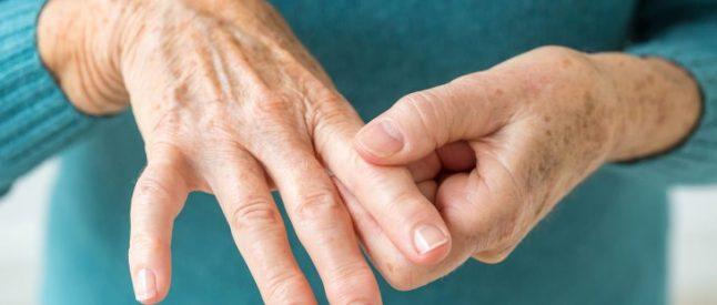 Tips-for-Living-with-Rheumatoid-Arthritis-01-1440x810-646x275